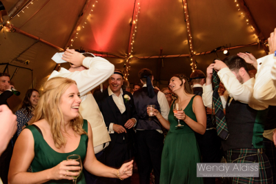 Sian & Elliott's wedding – Monkton Barn